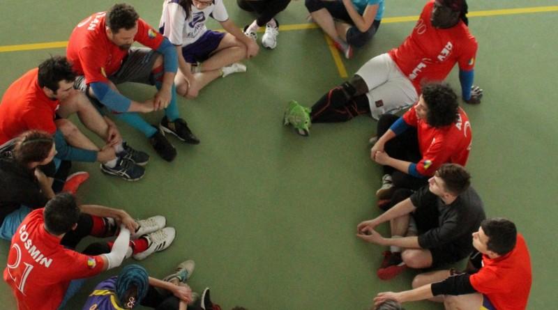 00 - Spirit Circle in frisbee
