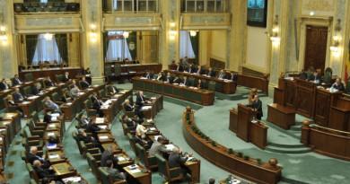 sedinta-de-plen-in-senat-2_rsz