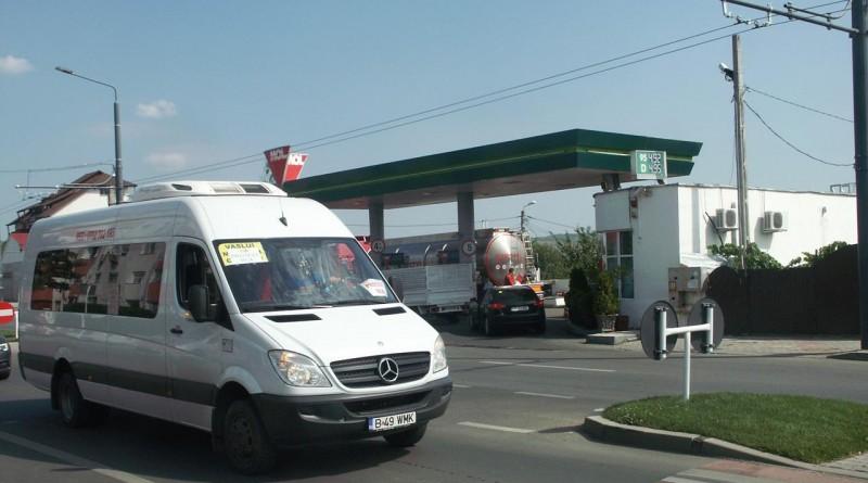 camion-rca-prostest-microbuz