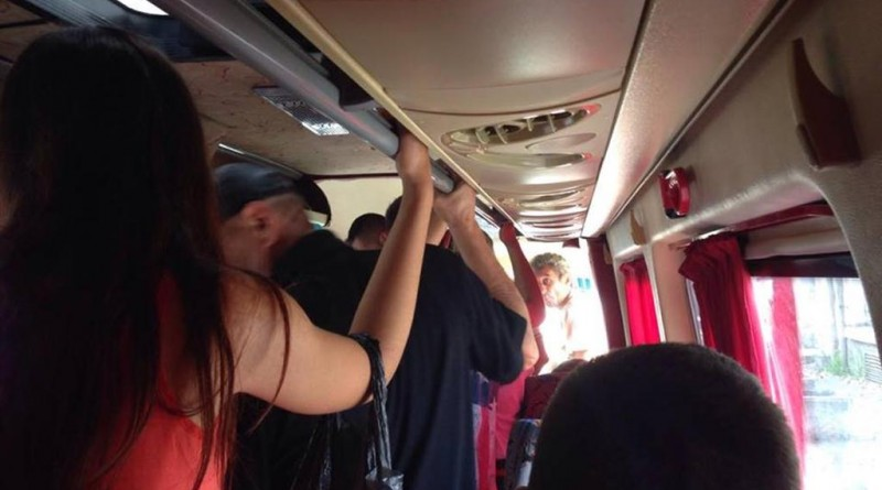 microbuz-maxi-taxi-aglomeratie-fya-trans