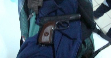 pistol+vama
