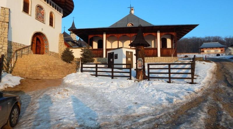 manastirea Bujoreni (Copy)