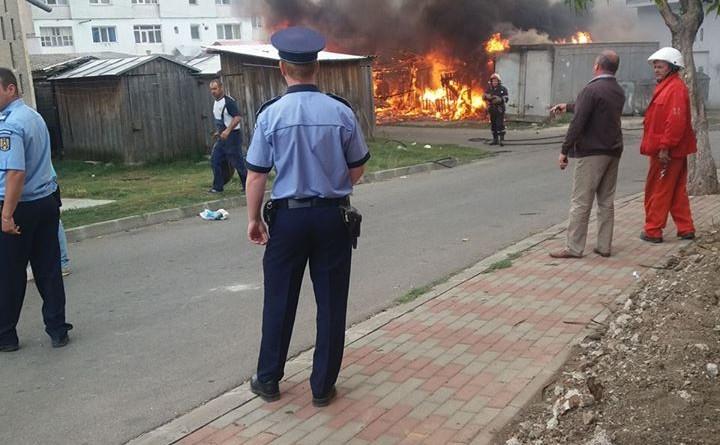 incendiu depozite negresti