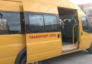 Șoferul unui microbuz școlar, beat turtă, cu 15 copii în mașină