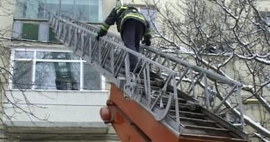 pompieri-scara-culisanta