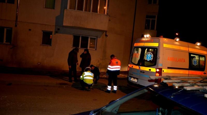 ambulanta-politia-noaptea