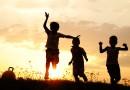 Copilăria – licoarea sufletului nostru…