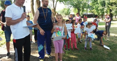 """Concursuri, cadouri și excursii pentru copiii de la Școala """"Theodor Rosetti"""" Solești"""