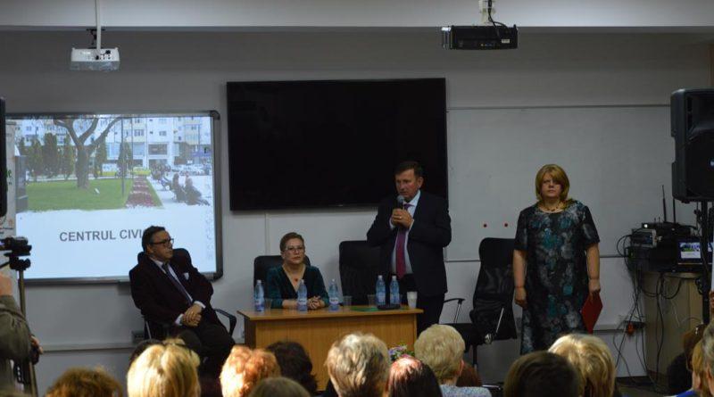"""Elevi din toată țara participă la Concursul Național de chimie """"Petru Poni"""", organizat la Vaslui"""
