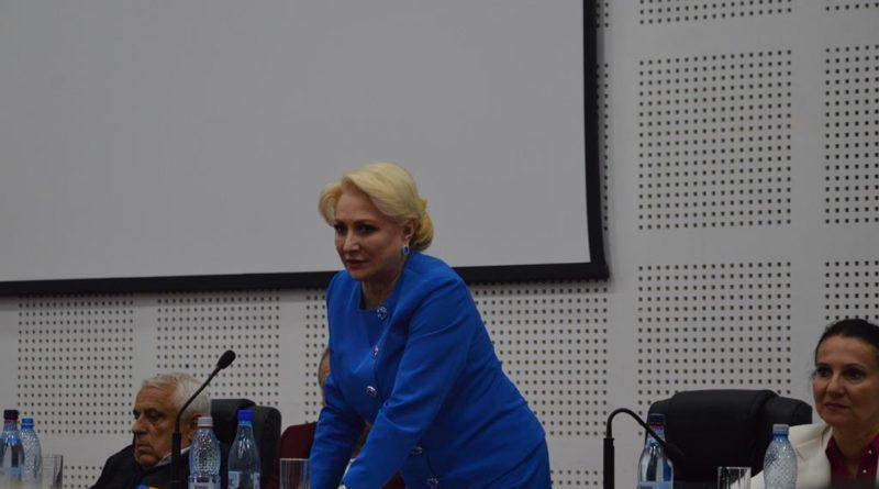 """Viorica Dăncilă la Vaslui: """"Vom depune un act normativ prin care nu mai solicităm autorizaţia de construcţie la depunerea documentaţiei pentru programele de investiţii"""""""