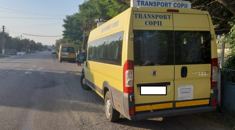 Al doilea șofer de microbuz școlar din Vaslui prins băut la volan