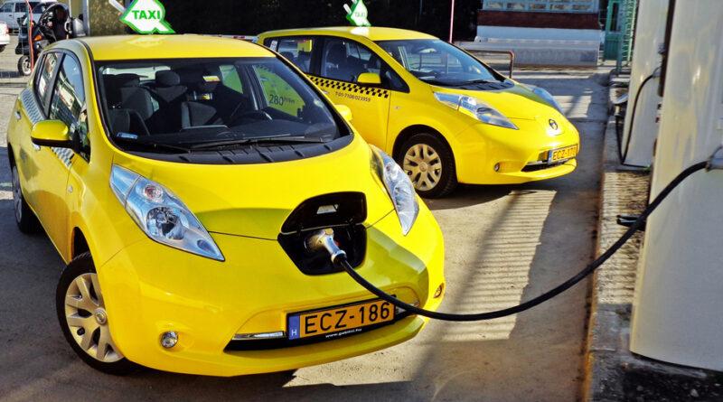 Primăria Vaslui intenționează atribuirea a 10 autorizații pentru taxiuri electrice