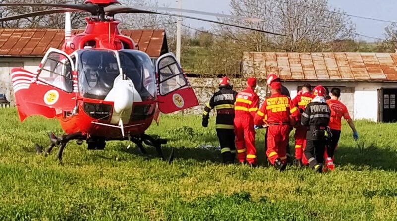 Accident rutier la Bunești Averești. Tânără de 18 ani, transportată la Iași cu elicopterul SMURD