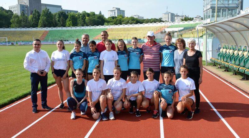 Pista de atletism de pe Stadionul Municipal a fost inaugurată oficial de conducerea primăriei Vaslui