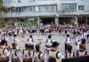 """(Galerie foto) Mii de spectatori,  în prima zi a Festivalului """"Hora din străbuni"""""""